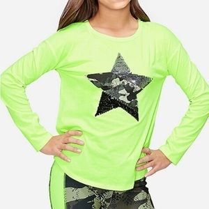 NWT Justice Flip Sequin Star Graphic Top